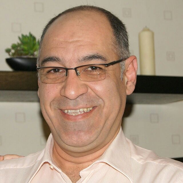 یونس چمنی